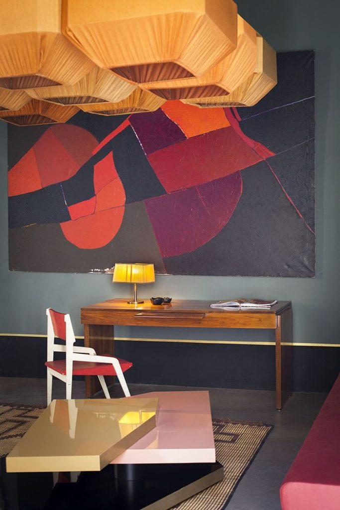 Un espace bureau haut en couleur